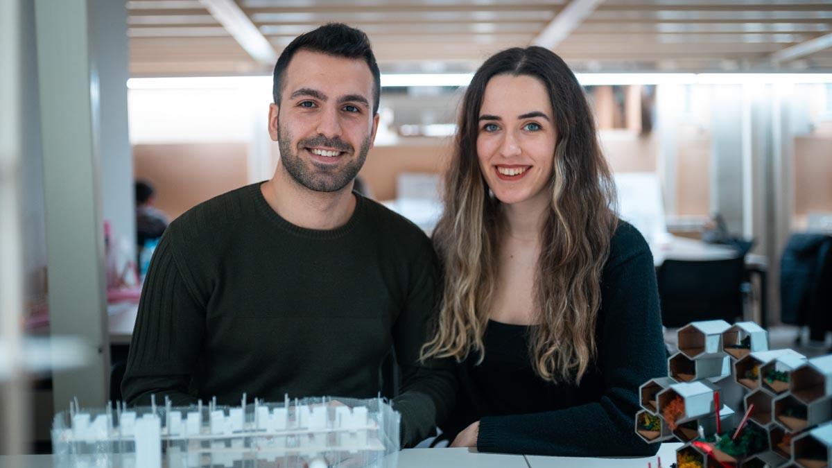TÜMAŞ Mermer Öğrenci Yarışması'nda birinci Mansiyon Ödülü MEF Mimarlık Öğrencilerinden Melike Kavalalı ve Nimet Değertaş'ın yaptığı projeye verildi.