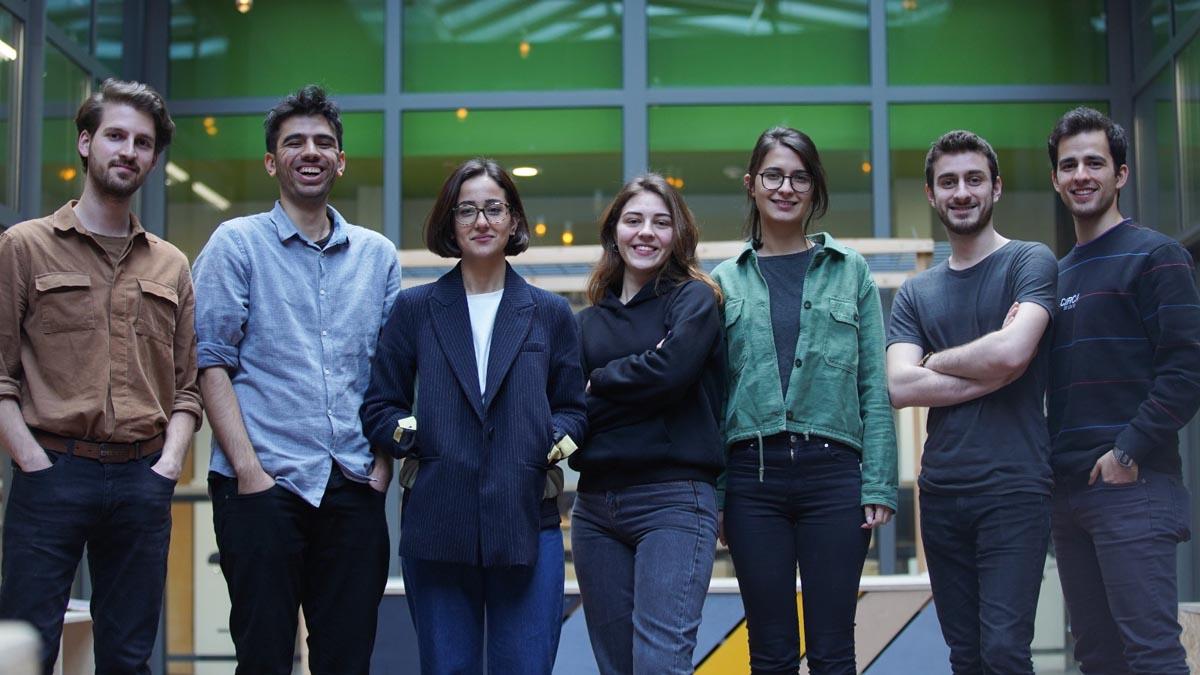 İstanbul Serbest Mimarlar Derneği'nin ''İstanbul için Alternatif Öneriler'' başlıklı S.O.S İstanbul Fikir Projesi Yarışması'nda 2.'lik ve Eşdeğer Mansiyon Ödülü MEF'lilerin